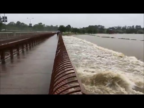 The Woodlands Texas Flooding >> The Woodlands Texas Flooding 2016 (Before and After Video In Comments) - YouTube