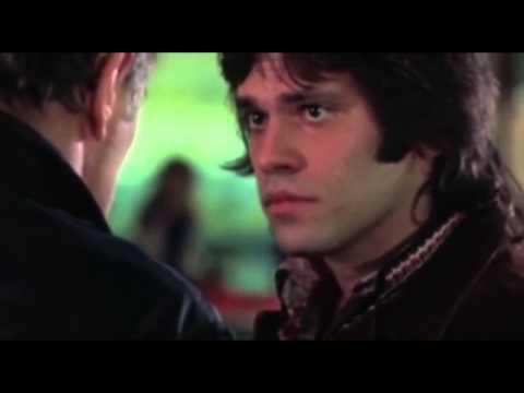 Robert Mitchum schools a young gun salesman in The Friends of Eddie Coyle