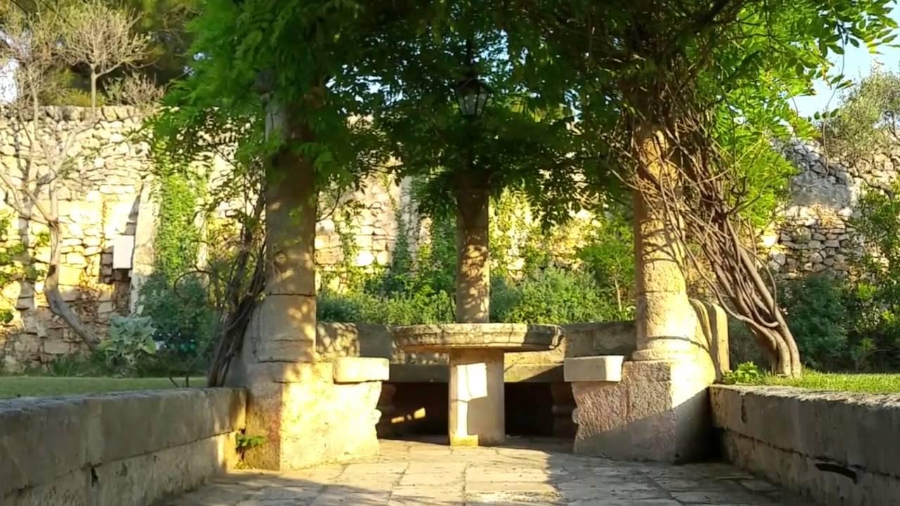 Villa degli Aranci Ristorante Polignano a mare - YouTube