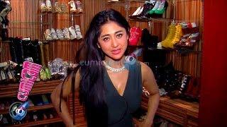Intip Koleksi Sepatu Dewi Persik - Cumicam 28 Oktober 2015