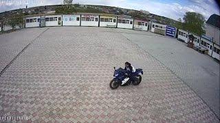 В Арамиле мужчина угнал мотоцикл во время покупки