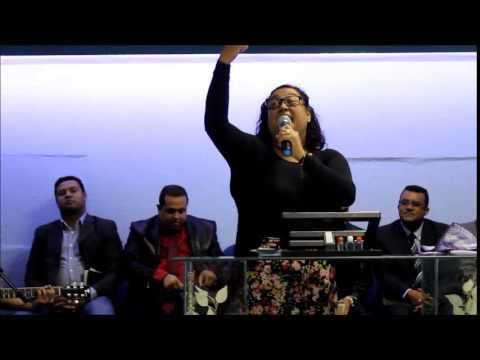 Sheyla Souza,quebrando tudo na Vigíla Quebrando o Cântaro!!!
