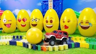 ГИГАНТСКИЕ ЯЙЦА с сюрпризами Забавное развивающее видео для детей Открываем и смотрим Toy For kids