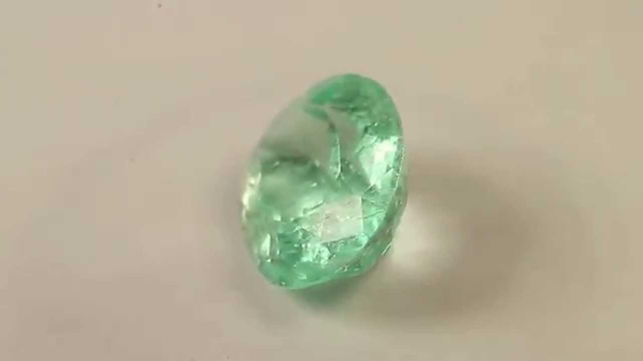 emerald light green gemstone 3 31cts