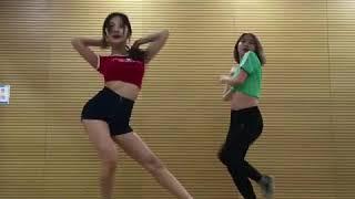 배우이영유 AOA - 빙글뱅글커버댄스