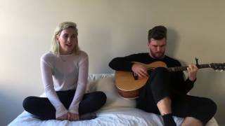 "Broods performs ""Heartlines"" in bed 