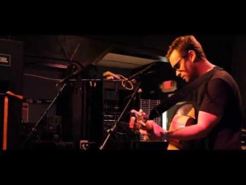 John Bradley of DADS - acoustic set.