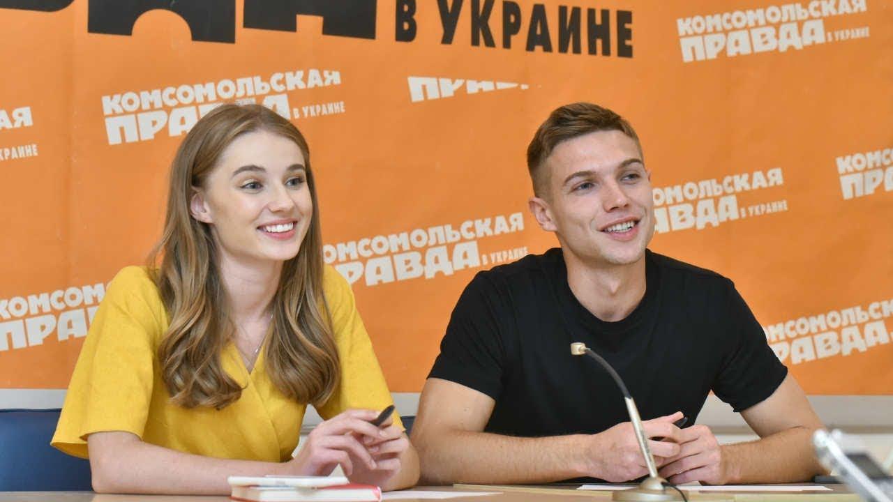 smotret-filmi-so-znamenitostyami-v-postelnih-stsenah-tolstaya-golaya-zhenshina-russkaya