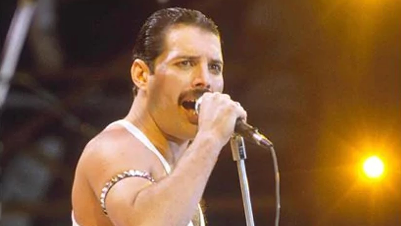 Unknown Surprising Facts About Freddie Mercury