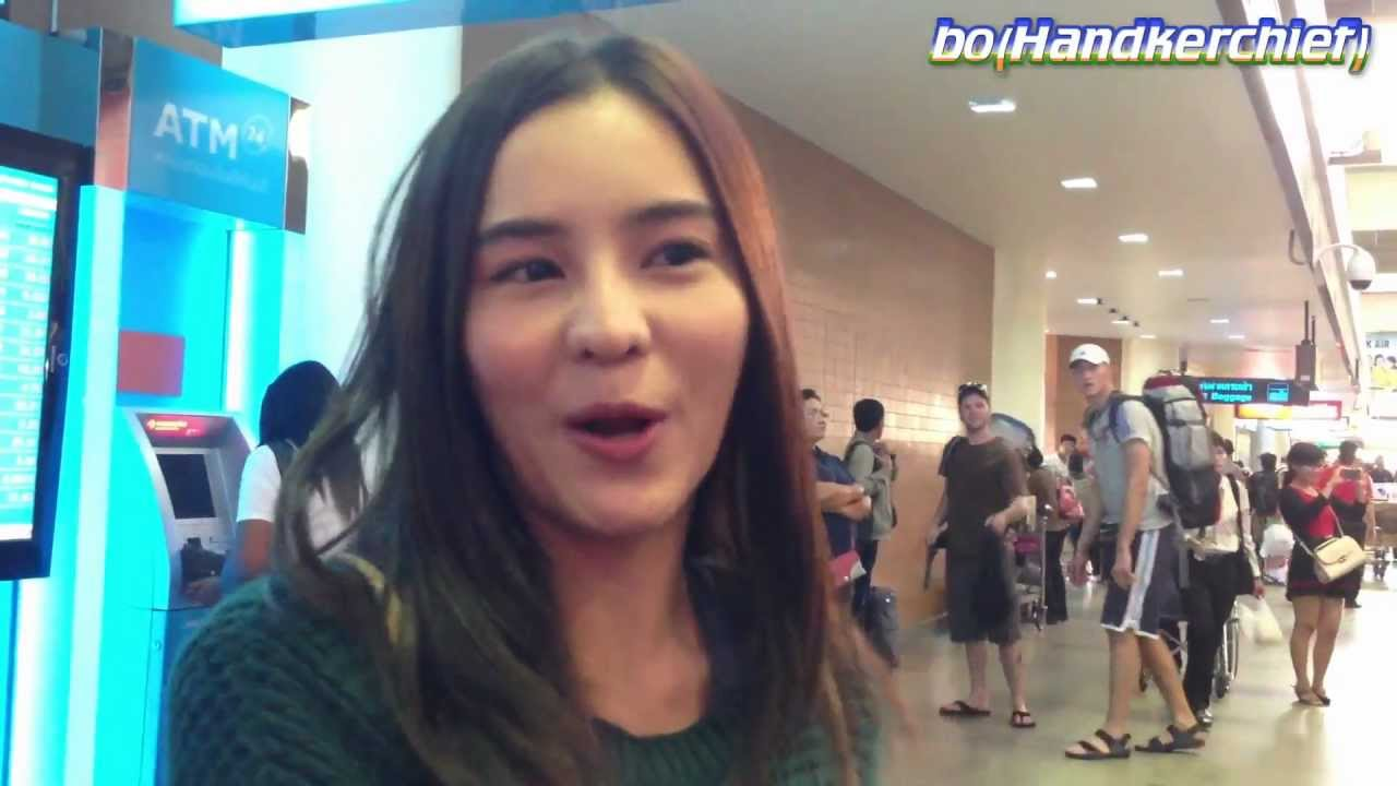 Aom Sushar @Don Muang Airport 10Mar13 #2 [cam] - YouTube