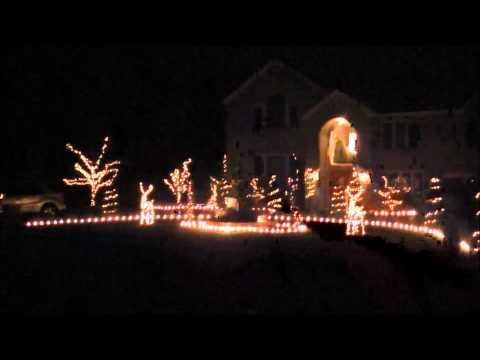 2011 Christmas Light Show (GE wireless lights and sounds of Christmas)