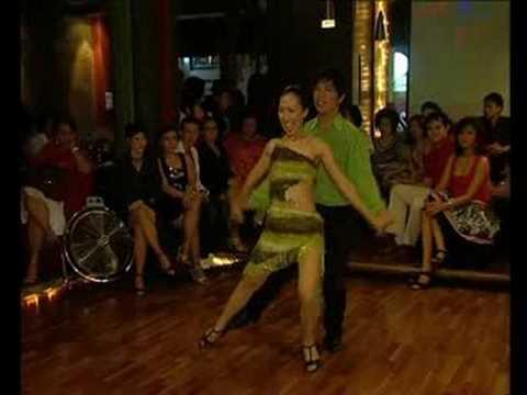 Club Latino jakarta - Salsa by Gege & Rony