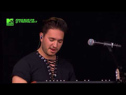JONAS BLUE Ft. Liza Owen - Fast Car  LIVE @ V FESTIVAL 2017