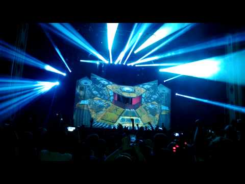 "Excision Live ""Drop It"" EXECUTION TOUR @ Midland AMC Kansas City 4-8-13"