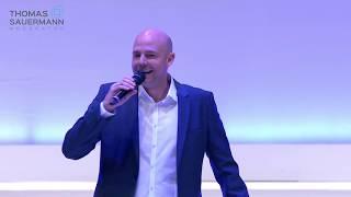Moderator Thomas Sauermann Demo 2020