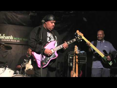 ''BUCK NAKED'' - LARRY McCRAY BAND @ Callahan's, Feb 2016