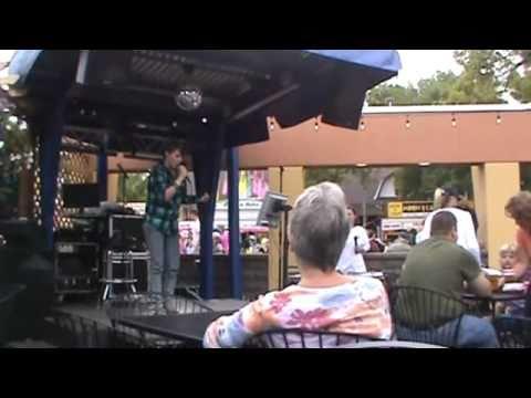 Minnesota State Fair karaoke singer 2010