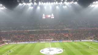 Ingresso in campo Milan (Milan - Barcellona)