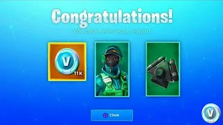 DO THE NEW 'SKINS' PACK FREE FOR ALL PLAYERS on FORTNITE. iPhone XR mobile pack