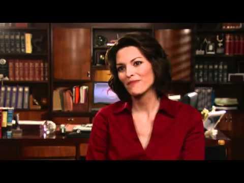 Alana De La Garza Returning to Law & Order