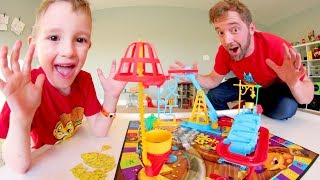 Father & Son PLAY MOUSE TRAP! / Don\'t Get Caught!