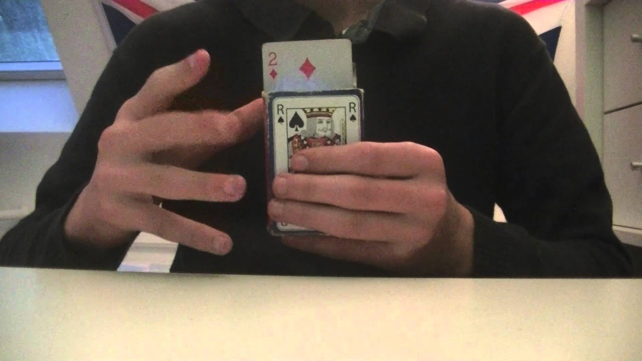 Tour de magie carte volante - Tour de magie table volante ...