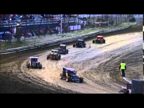 vintage lite, dwarf car heat race creek county speedway.  april 5th 2014.