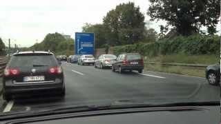 Как в Германии пропускают машины с мигалками(Вот так вот!, 2012-09-29T10:40:17.000Z)