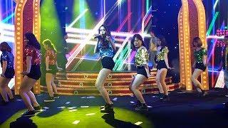 Dàn hot girl khuấy động sân khấu với vũ điệu nóng bỏng trong ca khúc Đừng Ngại Ngùng (Don't Be Shy)