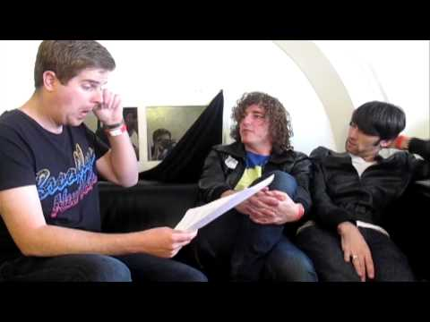 The Auto-Interview : The Pigeon Detectives