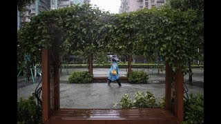 【颱風山竹・澳門直擊】水位急升 渠口倒灌 十月初五街水深及頸