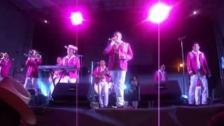 La Dinastia De Tuzantla - 25 Horas (en vivo de la Loma, Mich.)