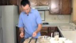 Cooking Video, Kaiser Permanente: Banana Oat Nut Cookies