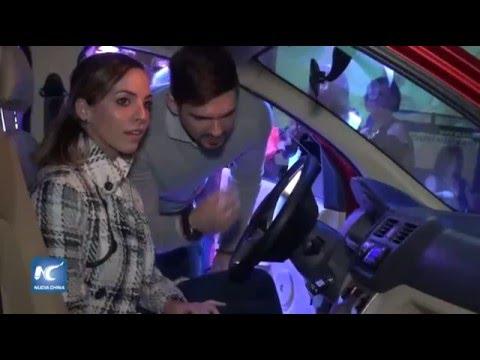 Lanzamiento de carros eléctricos chinos en Guatemala