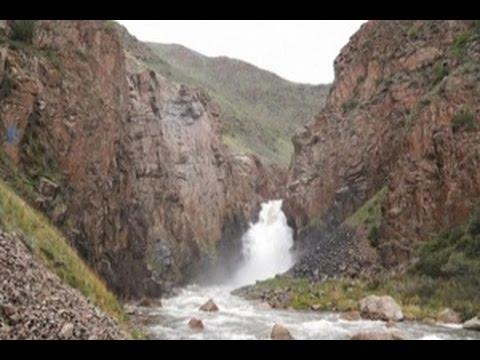 keinginan-kirgistan-menarik-turis-dengan-keindahan-alam