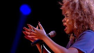 Sasha Simone performs