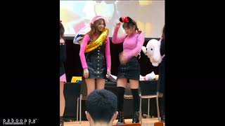 Video TWICE Momo and Sana fight at Fanmeeting download MP3, 3GP, MP4, WEBM, AVI, FLV Agustus 2018