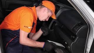 Jak wymienić filtr kabinowy w HONDA CR-V 2 TUTORIAL | AUTODOC