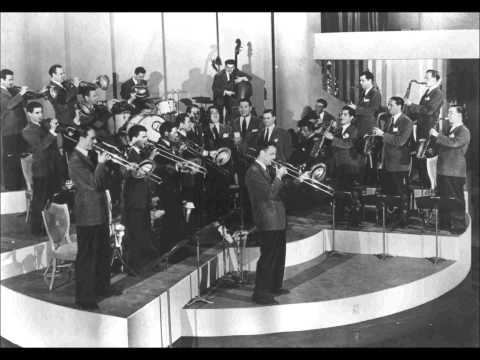 Glenn Miller And His Orchestra - The Chestnut Tree ('Neath The Spreading Chestnut Tree)