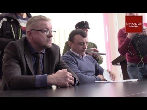 Активисты требуют от замглавы ДАБІ Филончука прекратить незаконные застройки