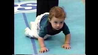Evelio Taillacq anima la carrera de bebés en Hello Wapa, Canal 4 PR