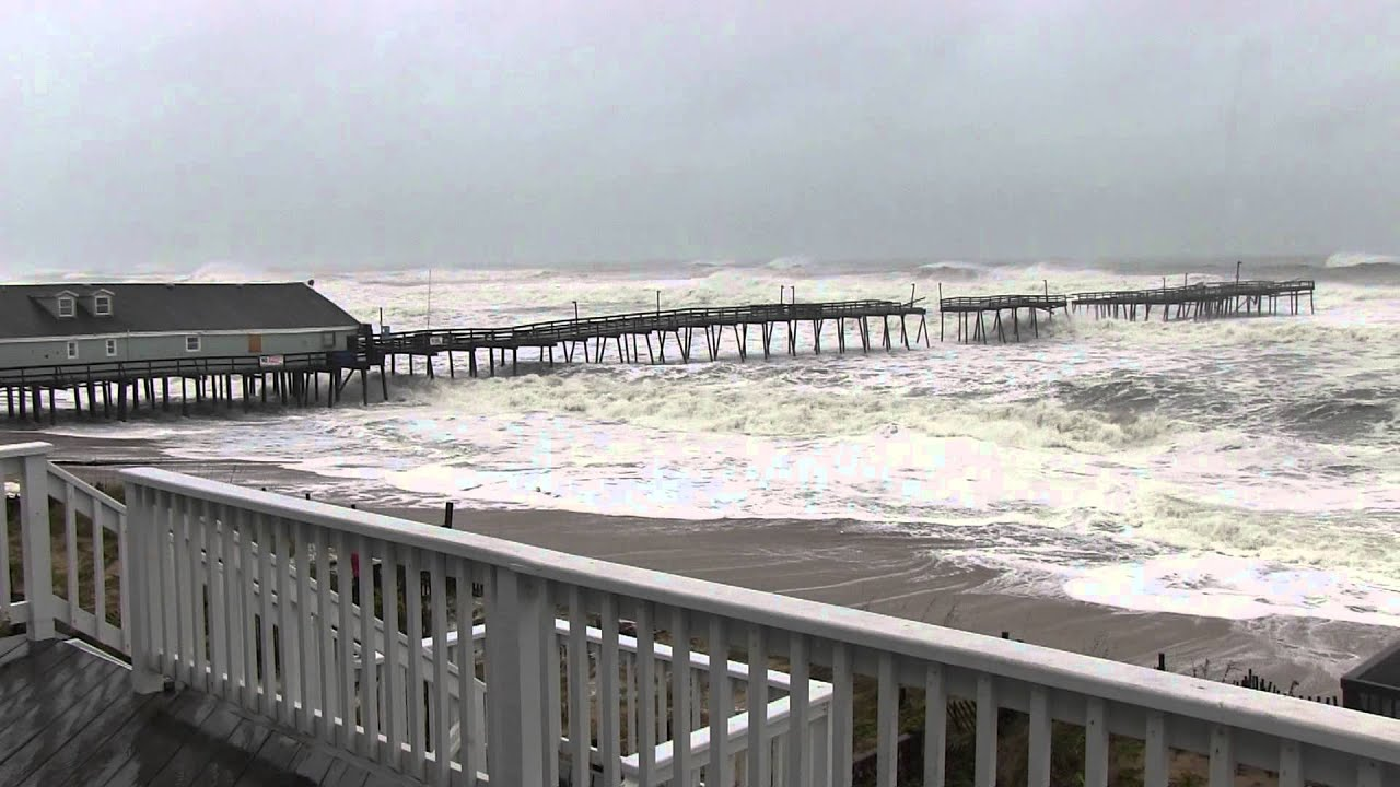 Hurricane Sandy takes Avalon Pier