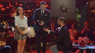 Beyaz Show ekibinden Dilşan'a sürpriz evlenme teklifi!