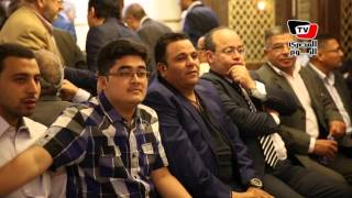 «محمد فؤاد» و«دلال عبد العزيز» و«المناوي» في عزاء والد «تامر أمين»