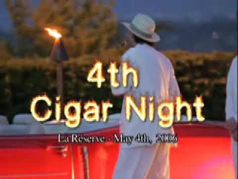 Magicien tricheur au poker animation de soirée d'entreprise Francky Le Tricheur magie de close up