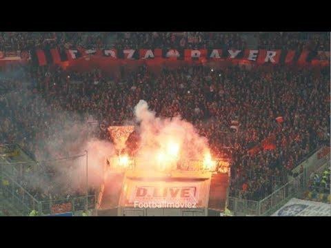 Leverkusener Pyroshow in Düsseldorf (Fortuna Düsseldorf - Bayer Leverkusen 1:2 / 26.09.18)