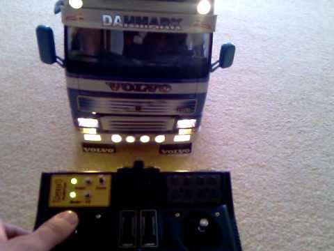 tamiya volvo fh16 mit servonaut smt lampen soundtest youtube. Black Bedroom Furniture Sets. Home Design Ideas