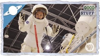What's it like to go to Space Camp?(What does it take to be an astronaut? Craig goes to Space Camp in Hunstville, AL to find out! What is Space Camp? Can anyone be an astronaut? Special ..., 2015-12-08T19:17:37.000Z)