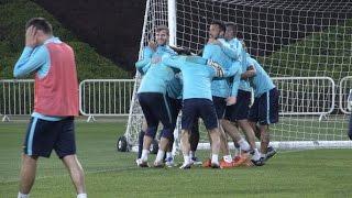 Что происходит, если в футбол играют три команды? Видео дня на «Зенит-ТВ»(Трехсторонний матч на последней тренировке