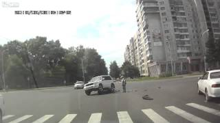 Biker smahes into USV  walks it off